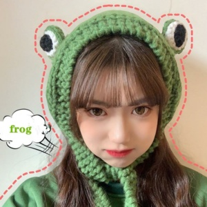 Kawaii Knitted Frog Hat